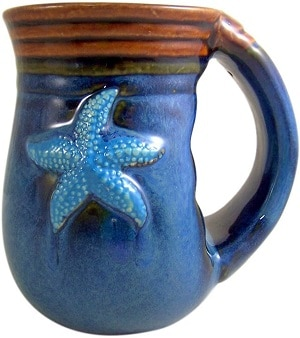 Handwarmer Cape Shore Handwarmer Coffee Cup with Beach Batik Starfish Design, 18 Ounce